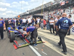Watching the pit stop challenge was incredible! Crews were changing tires in 4 seconds.